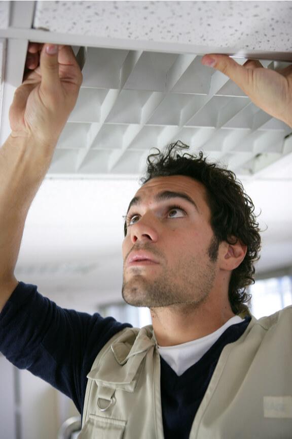 installation faux plafond artisan MCN